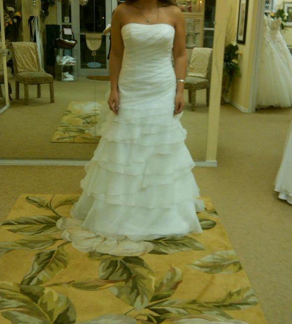 Wedding gowns seattle wa for Wedding dresses seattle washington