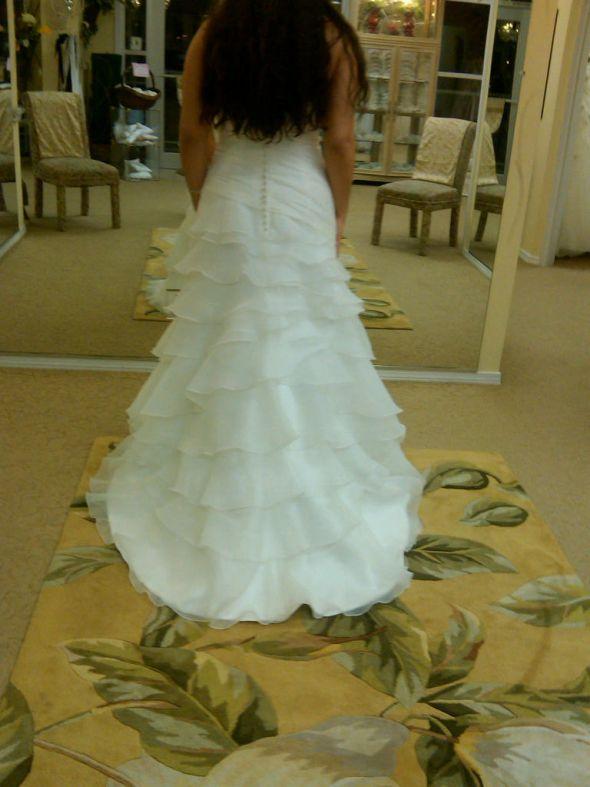 Wedding dresses rental seattle for Wedding dresses seattle washington