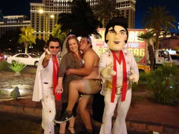 What Happens In Vegas Doesn T Always Stay In Vegas Pic Inside