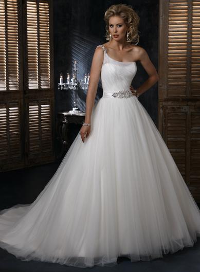 Пышное свадебное платье из фатина Maggie