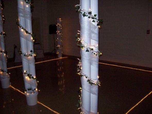 4 wedding columns already decorated 6 feet tall 1000 a piece
