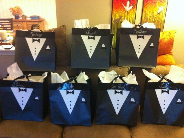 Wedding Gift Bags For Groomsmen : DIY Groomsmen Gift Bags - Weddingbee