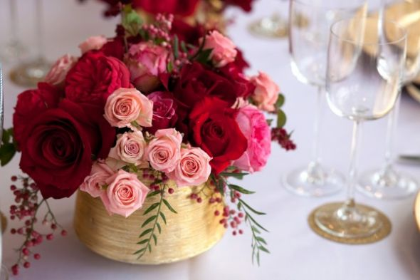 Where can I find these centerpiececs wedding Pink Red Gold Wedding Table