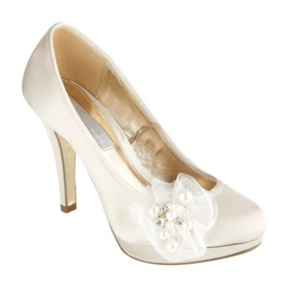 Wedding Shoes  Bridesmaids on Bridal Shoes   Wedding Ivory Shoes Shoes