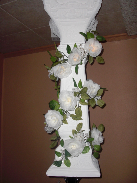 The Arch is 8 39 lighted decorated with white floral tulle can be shipped
