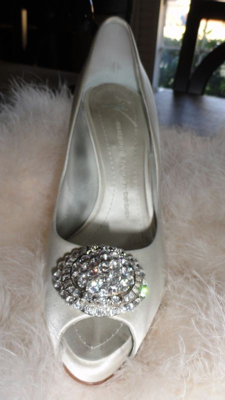 need white bling heels size 8 wedding bling black pink white reception