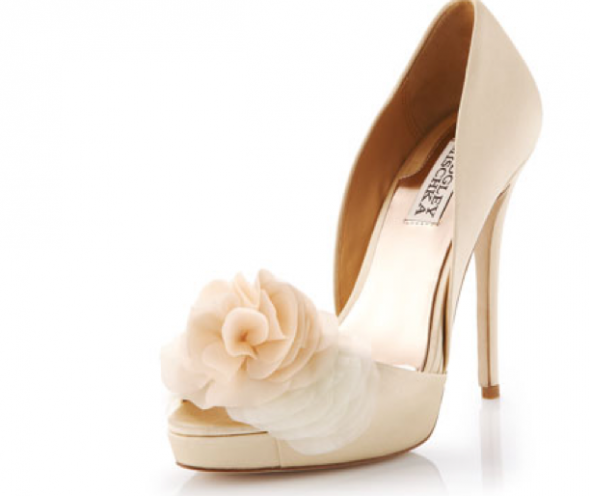 Cream shoes with ivory dress?