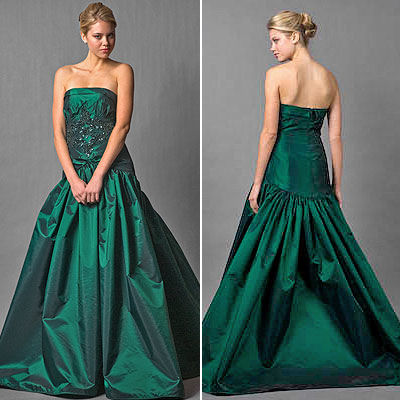What color wedding dress for a Christmas theme wedding Emerald Green Prom