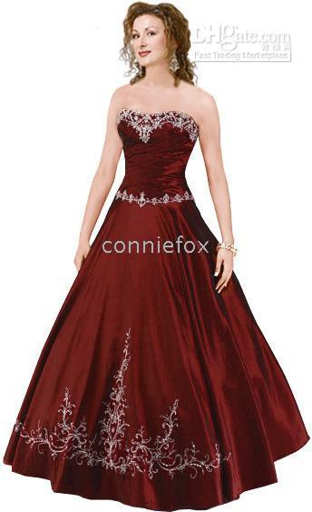 What color wedding dress for a Christmas theme
