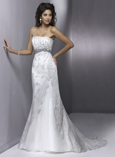 Продаю Свадебное платье Maggie Sottero.  Продаю платье, раз одетое в 2013 году!!!  Николаев.
