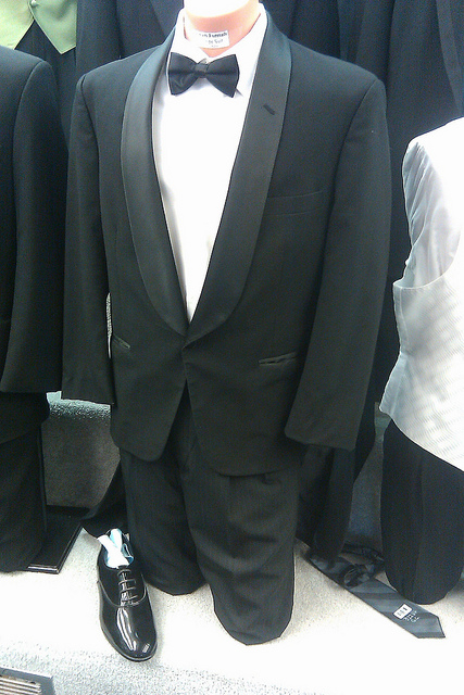 tuxedo latino personals Find tuxedo discography, albums and singles on allmusic.