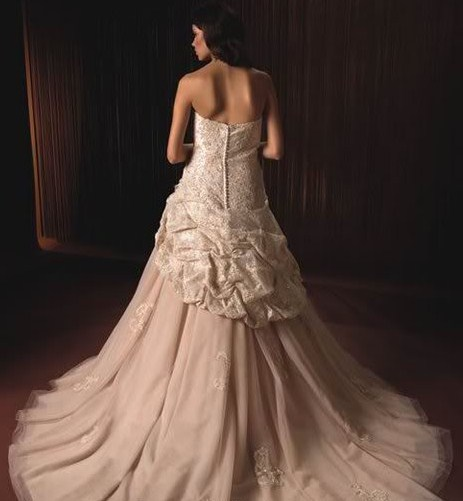 Different coloured wedding dresses for Different colored wedding dresses