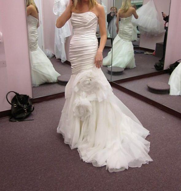 Moderno Marisa Wedding Gown Friso - Ideas de Estilos de Vestido de ...