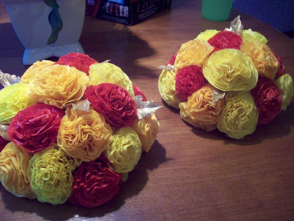 Tissue paper flower centerpeices with pics mightylinksfo Choice Image
