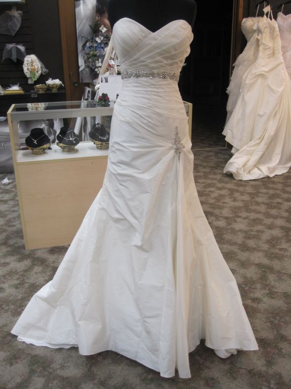 Rand Evan Dress Size 6 BLING wedding ivory dress RAND EVAN COLLECTION