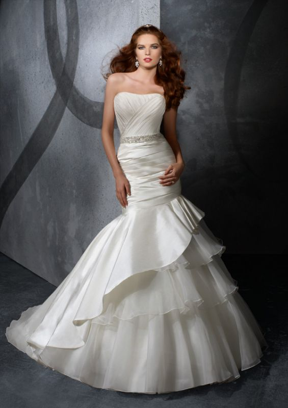 Mermaid Style Wedding Dresses Vera Wang : Vera wang style currently the hilary duff dress wedding