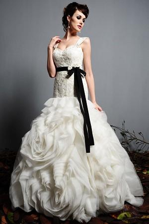 Eden Bridal Black Label 2420