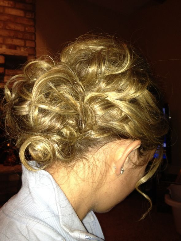 Hair Trial - keep or not to keep? :  wedding flower hair ivory trial updo Hairtrial71