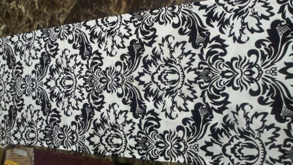 Damask table runners Black and White or DAMASK Decor Wanted wedding