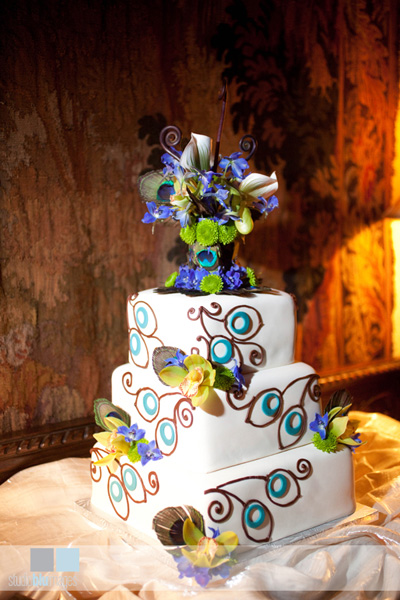 wedding peacock cake wedding cake blue green teal peacock 15 Peacock Feather
