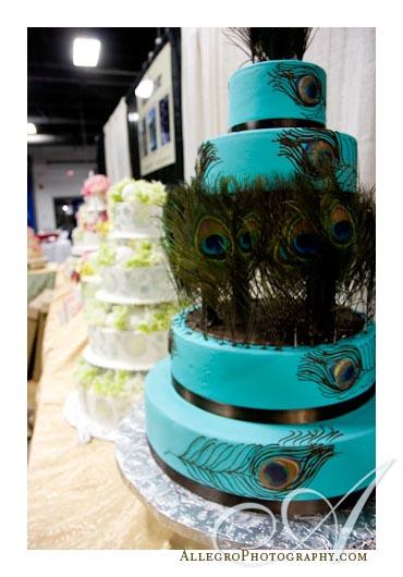 wedding peacock cake wedding cake blue green teal peacock Blue Wedding Cake