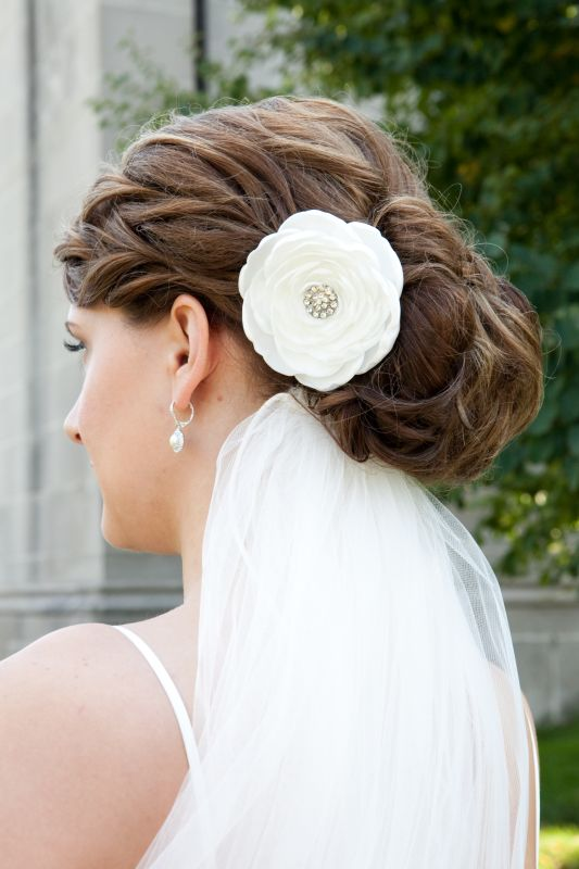 Updo :  wedding hair MK0288