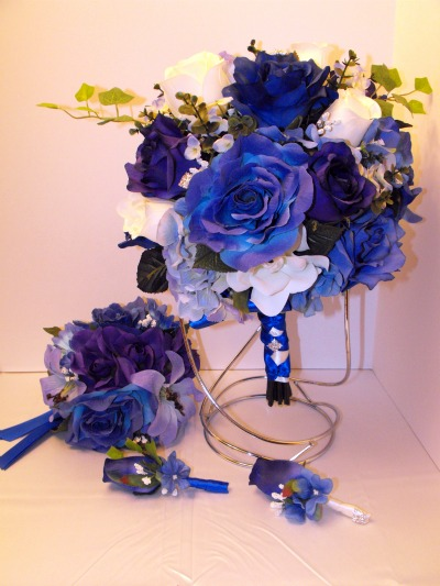 Wedding Items on Wanted  Royal Blue Wedding Decorations     Weddingbee Classifieds