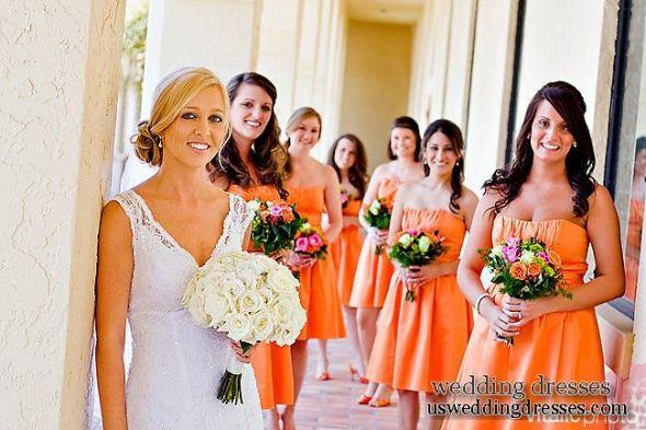 Orange Gown Wedding: Mismatched Orange ???