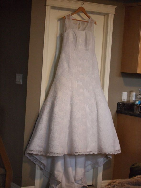 The story of a very dirty dress and how she was cleaned for Where to get my wedding dress cleaned