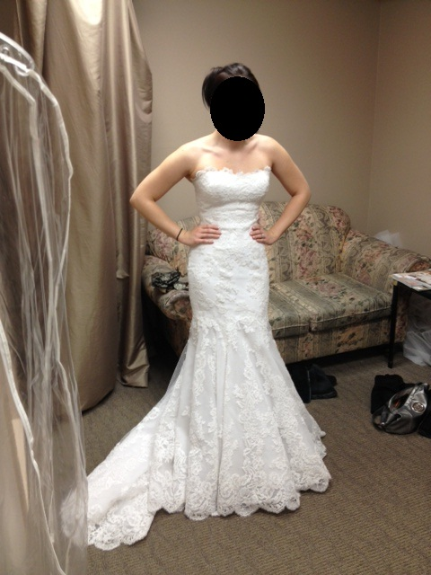 I said yes to Enzoani Dakota!!