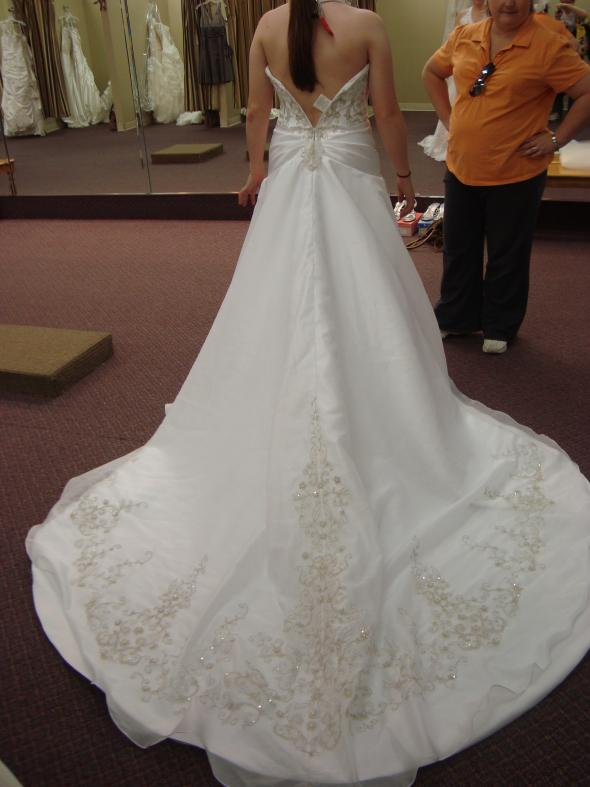 Flower girl dresses nashville tn discount wedding dresses for Wedding dresses in nashville