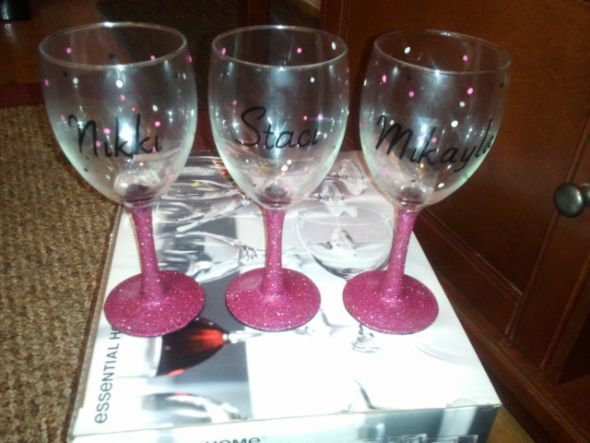 Diy bridesmaids wine glasses weddingbee photo gallery for Do it yourself wine glasses
