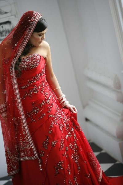 Any coloured dresses out there Pics and advice please wedding Indo