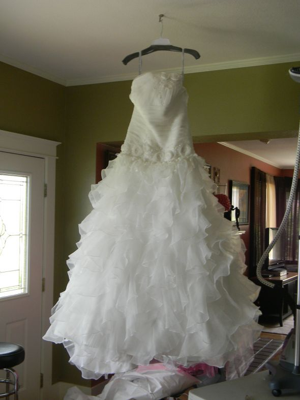 Should I keep or sell my wedding dress?