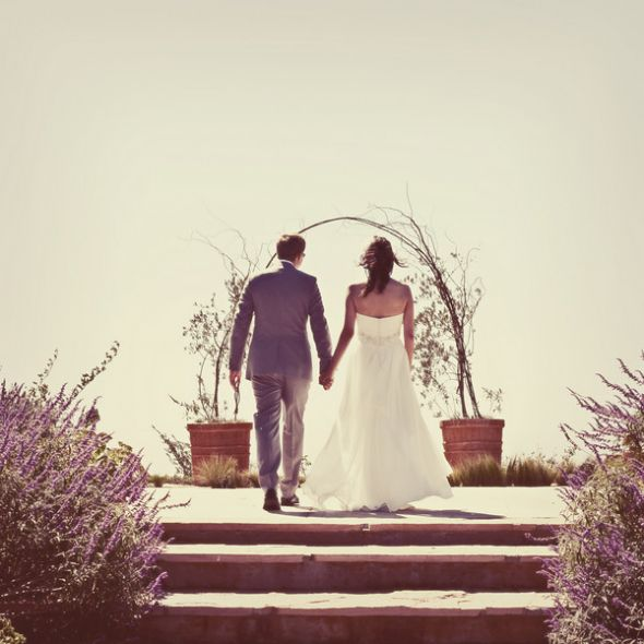 Altarpiece Wedding: Serious Altar Help Needed!