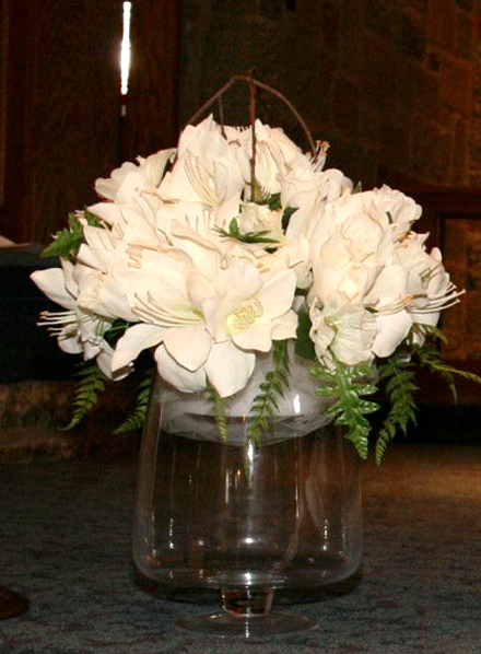 Please let me know if you're interested Thanks Ivory Floral Centerpiece