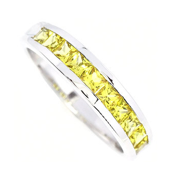 Who has weddingeternity bands with color gemstones pics