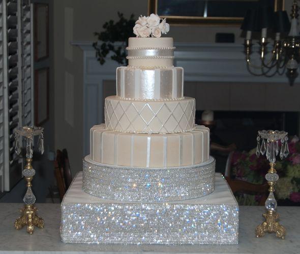 Bling Wedding Cakes Wedding Cakes Http Www Weddingandcakes Com Bling