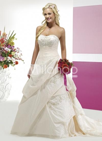 Knock off desinger wedding dresses discount wedding dresses for Knock off wedding dresses