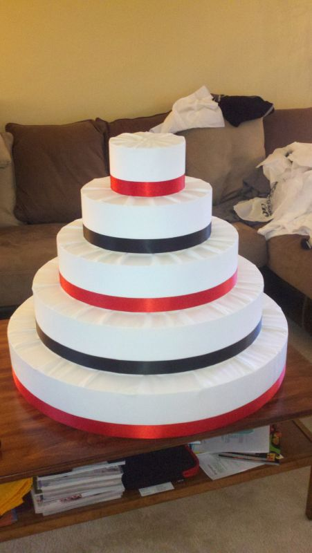 Cake and Cupcake Stand wedding cake cupcake stand red black white tiered