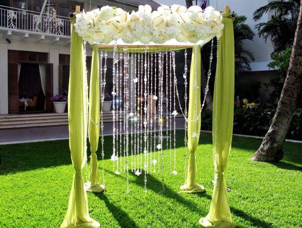 Decorating an arch with who had decorated their wedding arch is tulle the best thing to use or maybe other fabrics and things junglespirit Image collections