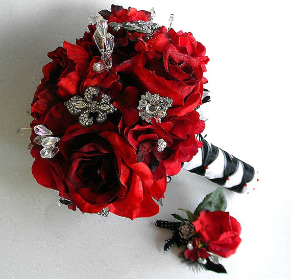 Brooch Bouquet (Pic Heavy)