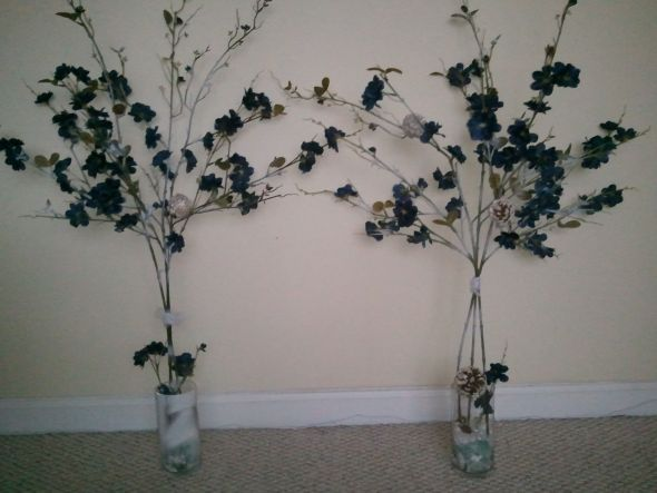 I Diy Ed These Branch Decorations This Weekend What Do You Think SHould Plucj Off The Flowers And Spray Paint Them More Silvery Faux Snow Like