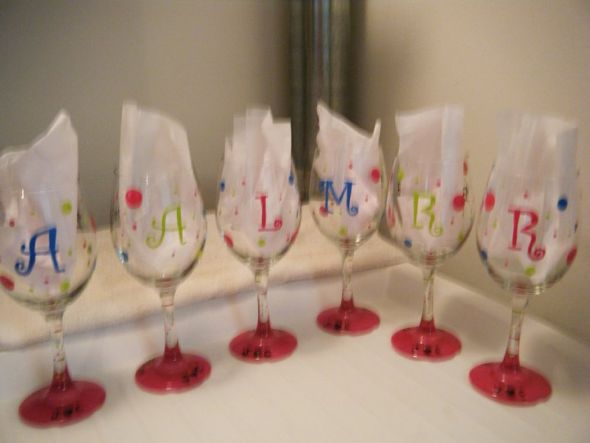 Painting wine glasses free stencils ekozev ujiboq for What paint do you use to paint wine glasses