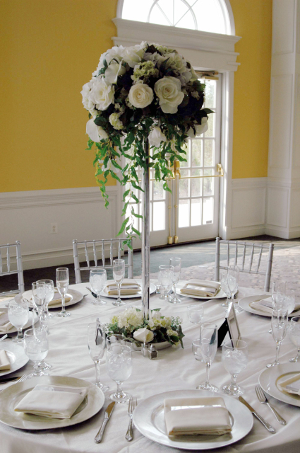 wedding help flowers decoration Wedding Centerpieces Table With