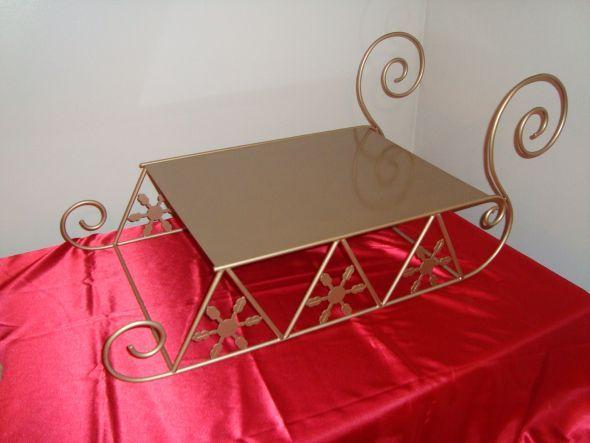 Reindeer Sleigh Wedding Cake Stand