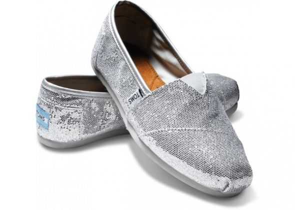 The bridesmaids and I are wearings Toms Mine are purple and theirs are