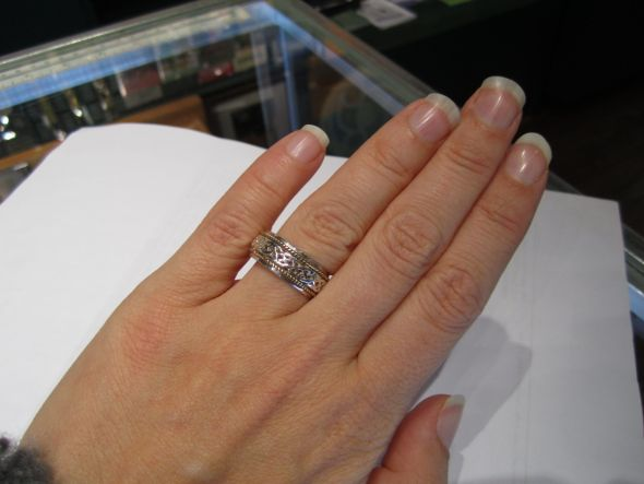 Do Both You And Your Future Bride Wear E Rings Wedding Proposals Rings