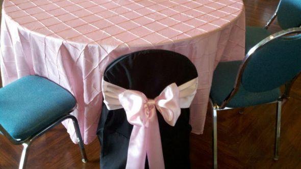 Attirant Option A: Light Pink Table Cloths