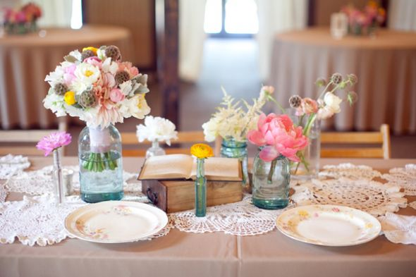 Using Mason Jars as Centerpieces | ThriftyFun